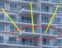 买房要是遇到这种阳台,再优惠你都别买,入住就后悔!